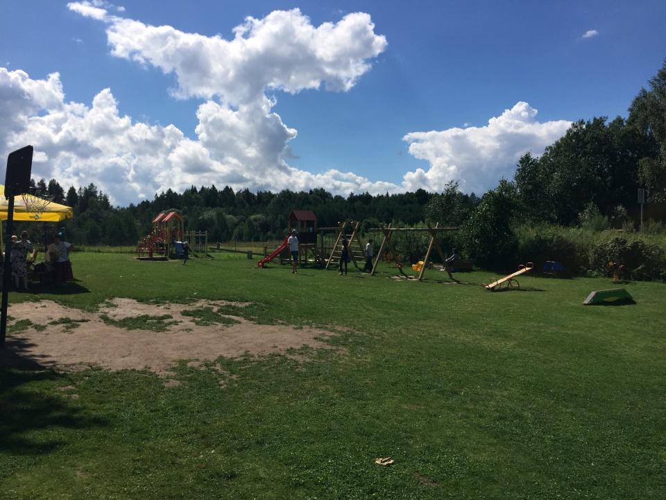 labirintu parkas aikstele vaikams