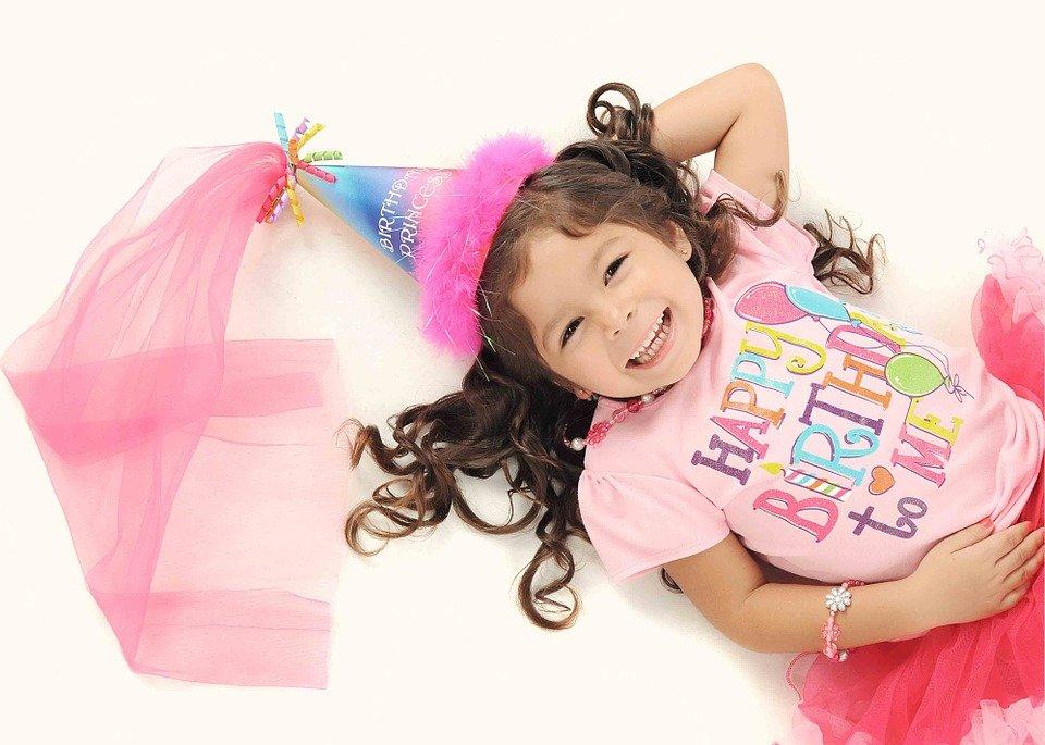 girl-812482_960_720-960x685.jpg